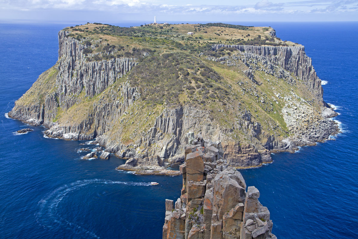 Experience the incredible view from the top on the Three Capes Lodge Walk in Tasmania.